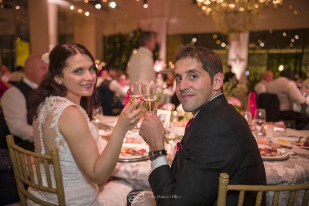 un banquete de boda muy elegante en la finca quinta del jarama