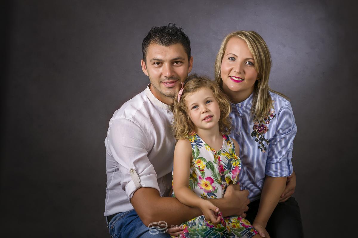 sesion foto de familia en estudio