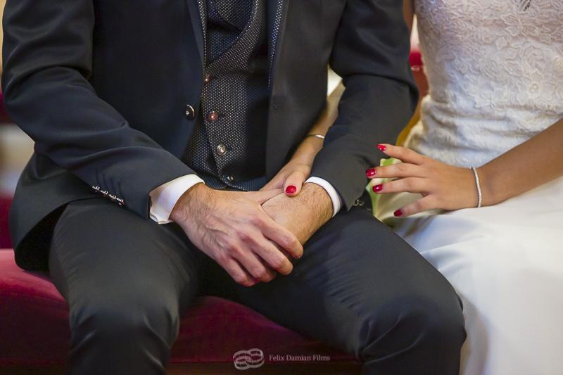 novios en la ceremonia